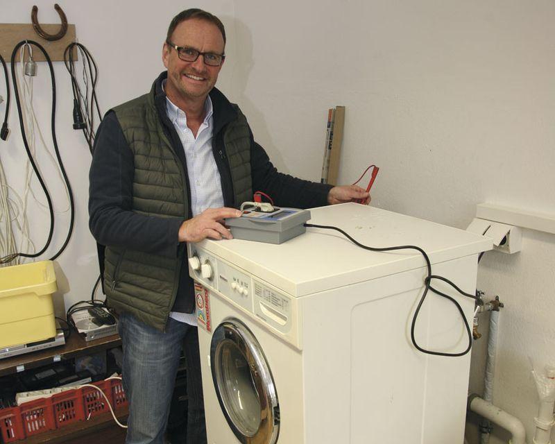 Bei der Prüfung der Funktionstüchtigkeit einer Waschmaschine